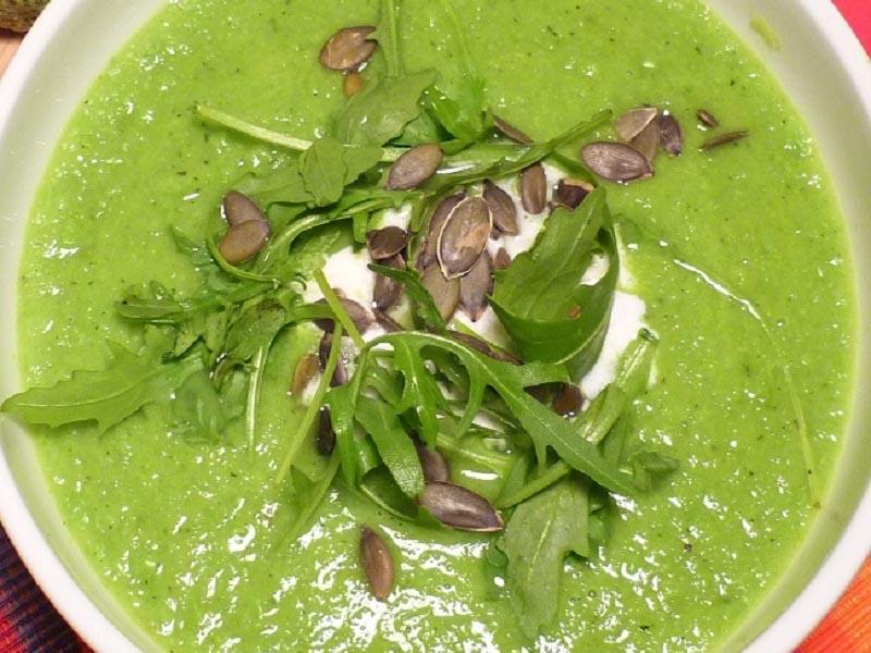 Healthy Green Soup by Nutritionist Sarah Kekus